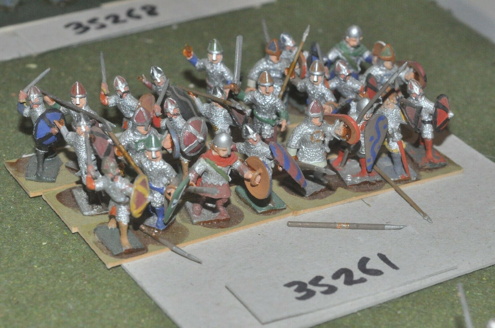 25mm dark ages   norman - spearmen 24 figures - inf (35261)