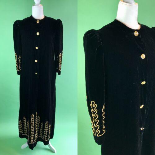 Vintage Black and Gold Velvet Dressing Gown - Medi
