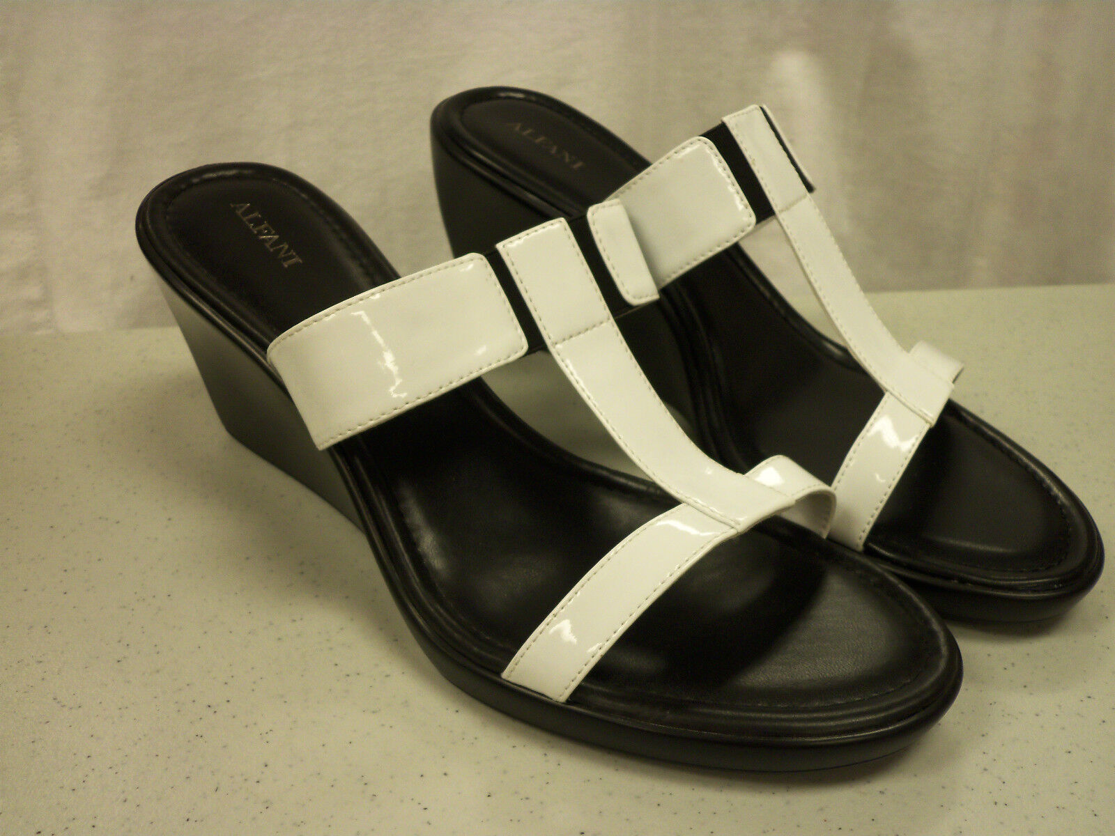 sconto online Alfani New New New donna Drivenwht bianca Wedges 11 Medium scarpe  punto vendita