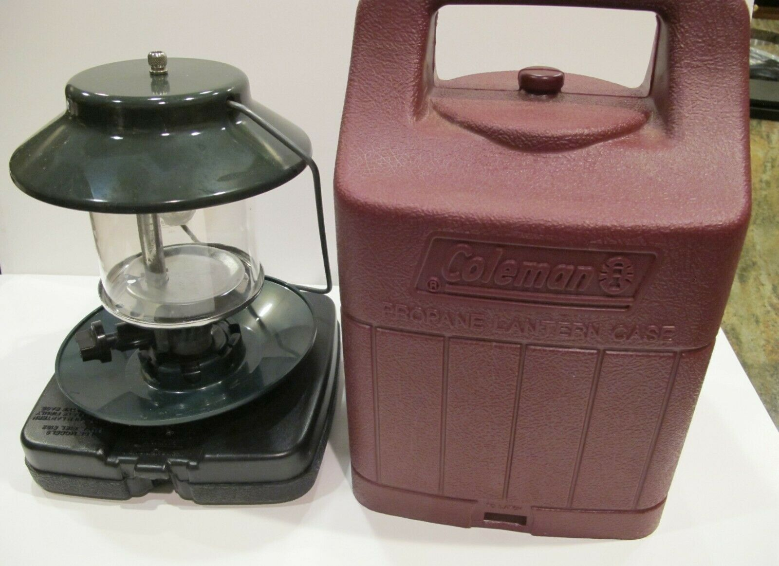 Vintage Coleman Propane Lantern 5152C700T  Double Mantle NEVER FIRED LIT NEW  counter genuine