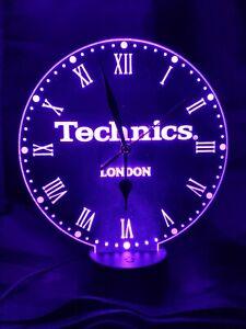 Technics NEON Horloge gravé sur acrylique