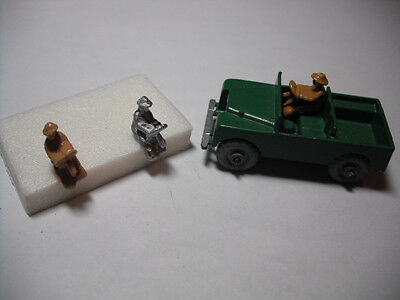 Matchbox No.12A Land Rover DIECAST REPLACEMENT DRIVER. 'PAINTED DRIVER ONLY '.