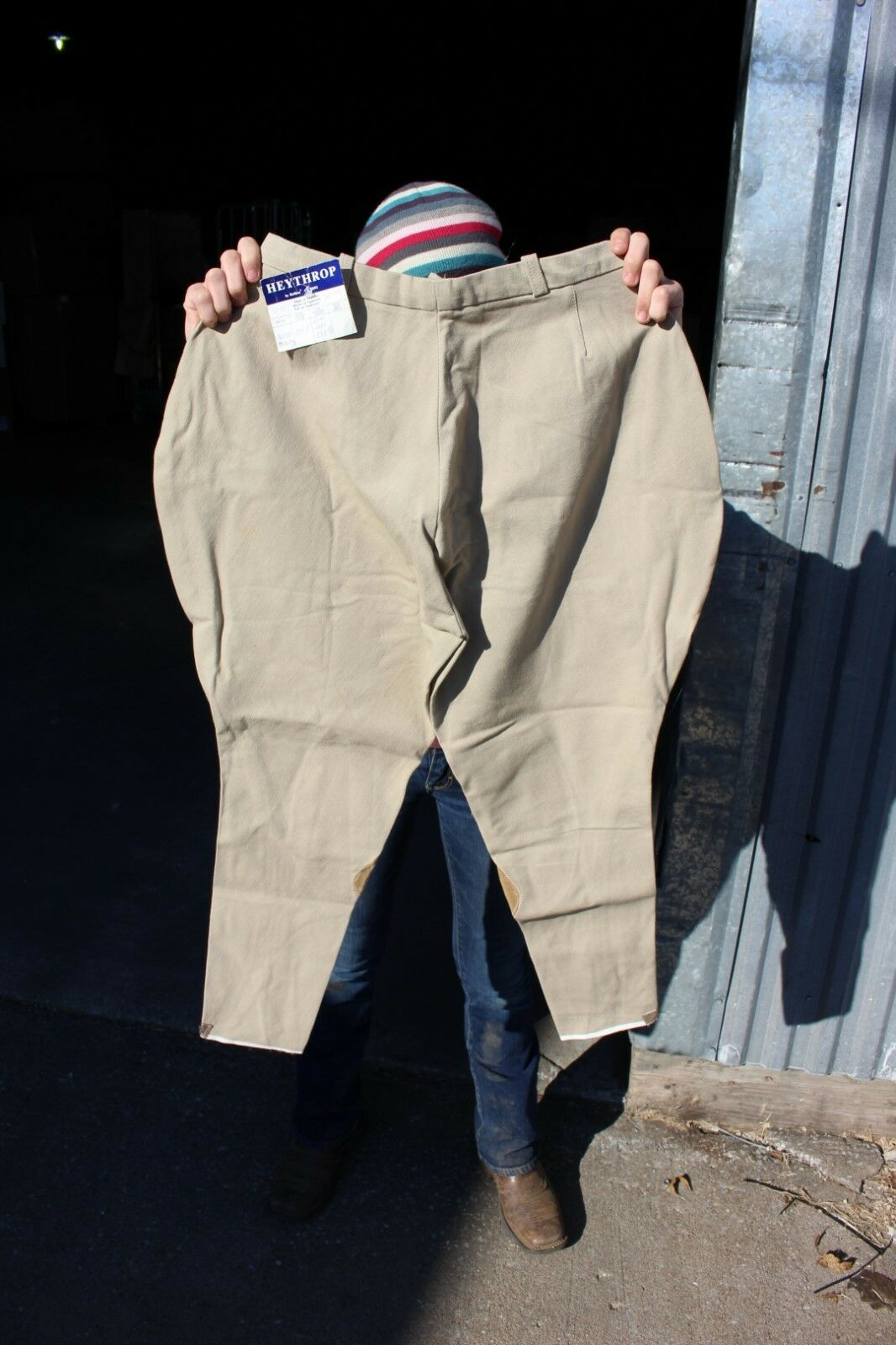 28-118  Heythrop by Bullion 28R riding breeches made in England