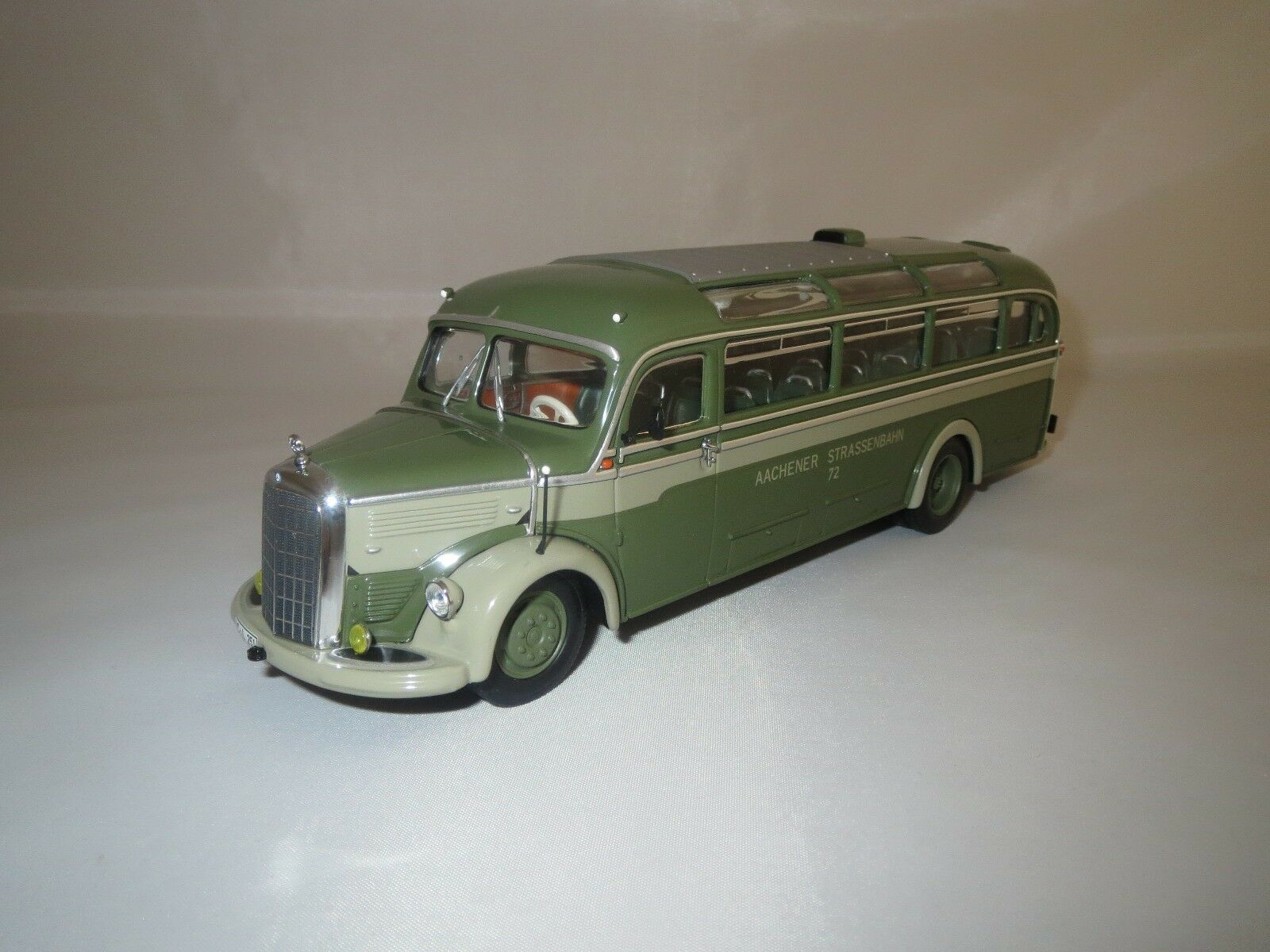 MINICHAMPS Mercedes-Benz O 3500 (Aachener tramways) 1 43 neuf dans sa boîte