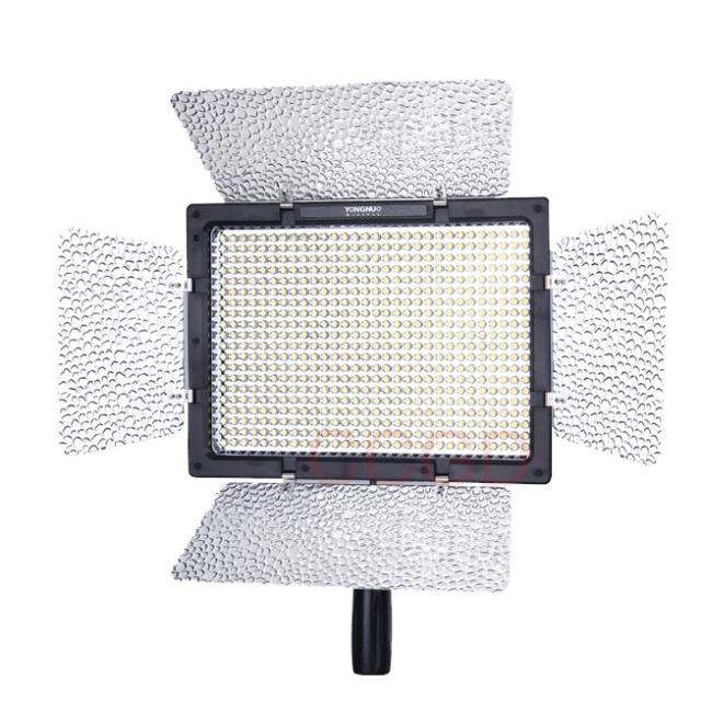 Pro 600 LEDs YongNuo YN-600 LED Video Light 5500K for Camera Camcorder