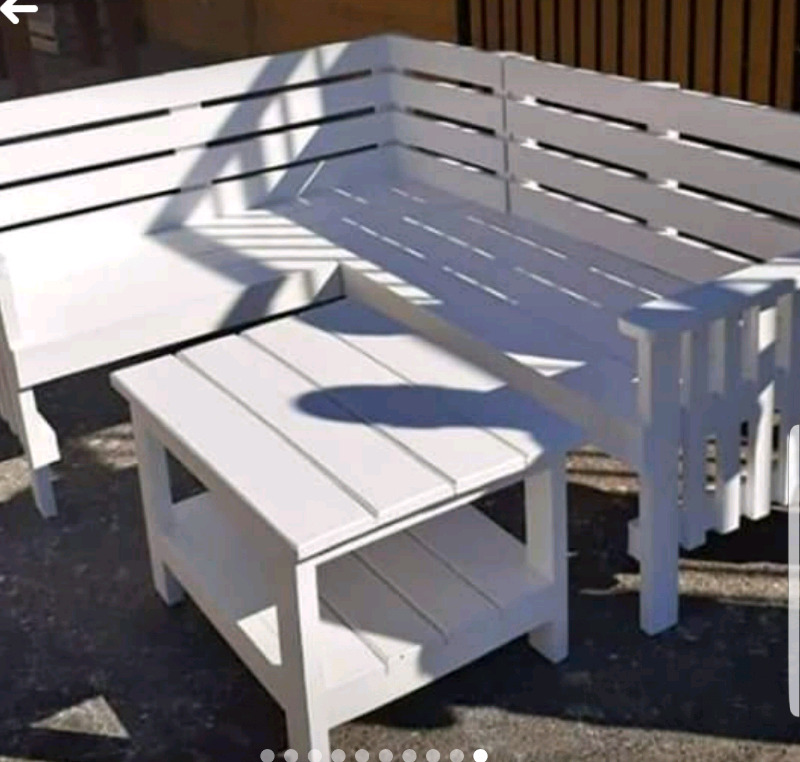 LSHAPED  BENCHES &PATIO BENCHES