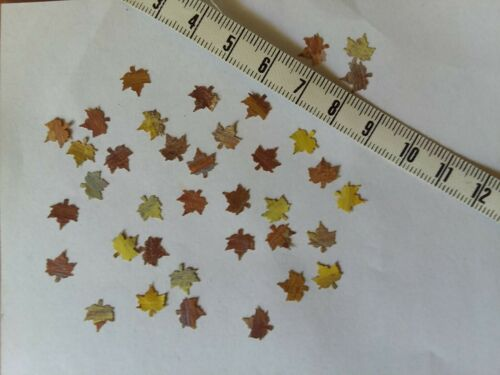 Dollhouse Miniatures Maple Leaves in fall colors 1:12 /& 1:24 scale