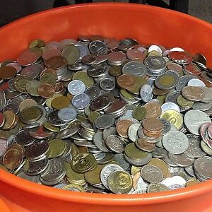Pound Lot! One Half 1//2 lbs Foreign Coins