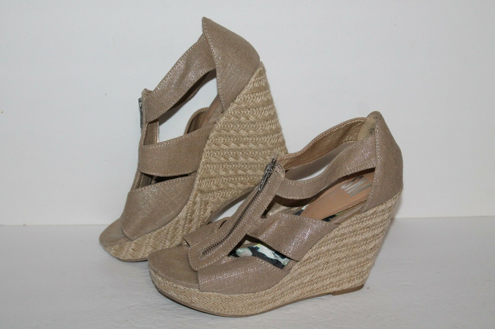 SM Wedge Sandals, Tan Metallic, 10  Women's US Size 10 Metallic, 3f8800