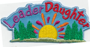 Scout-LEADER-DAUGHTER-SUNRISE-Patches-Crests-GIRL-GUIDE