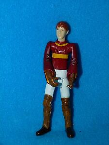 Harry-Potter-5-034-QUIDDITCH-FRED-OR-GEORGE-FIGURE