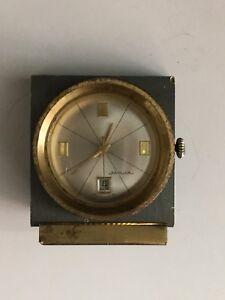 Reloj-JAGUAR-Sobre-Mesa-Calendar-SWISS-MADE