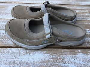 Leather Tan Slip-On Shoes Sz 8