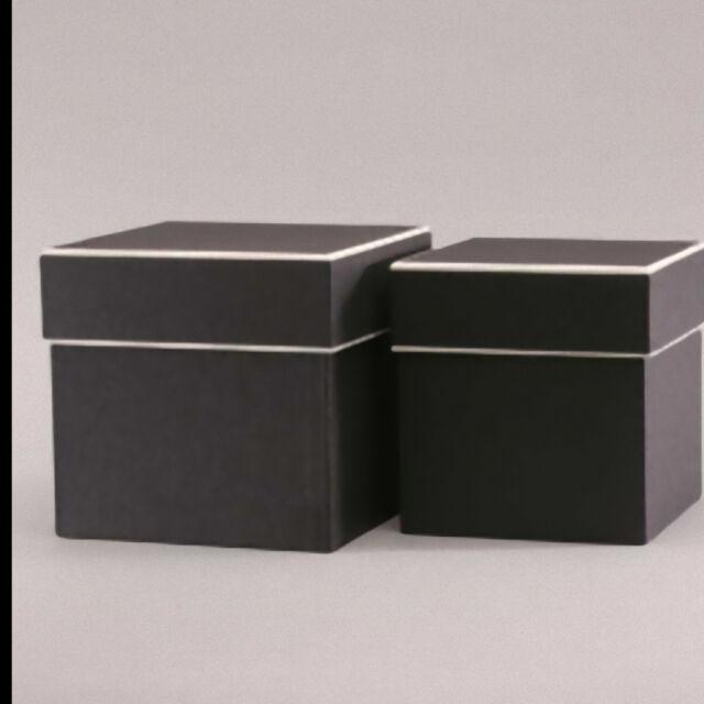 Floristry Square Hat Boxes Vintage Look Set Of 2 Black Cream Floral Gift Display 2 Sets Of 2