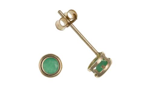 Pequeño Esmeralda Pendientes Tachuelas Oro Amarillo Sólido 9 quilates 3mm Suave frotar sobre Set