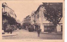 AUBAGNE 1052 rue de la république magasin le petit marseillais voiture