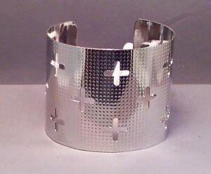 Christian-Bangle-Cuff-Bracelet-CROSS-CUTOUTs-Polished-SILVER-Tone-Great-Gift