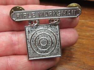 Military-Rifle-Marksman-Award-Medal-Pin-17E1