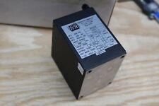 Martek Power Supply W28d25 Dc Power Supply 28vdc 25a 400hz Mil Spec Aerospace