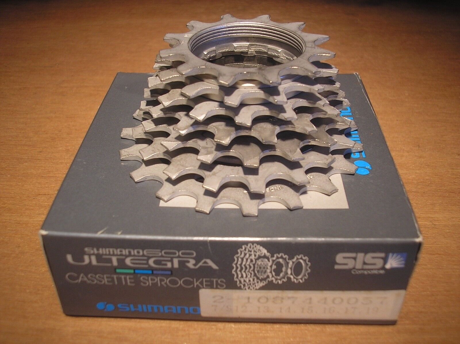 NOS  SHIMANO 12-19 SHIMANO  7 SPEED ULTEGRA 600 UNIGLIDE CASSETTE ROAD RACE MTB TOURING 7a0e67