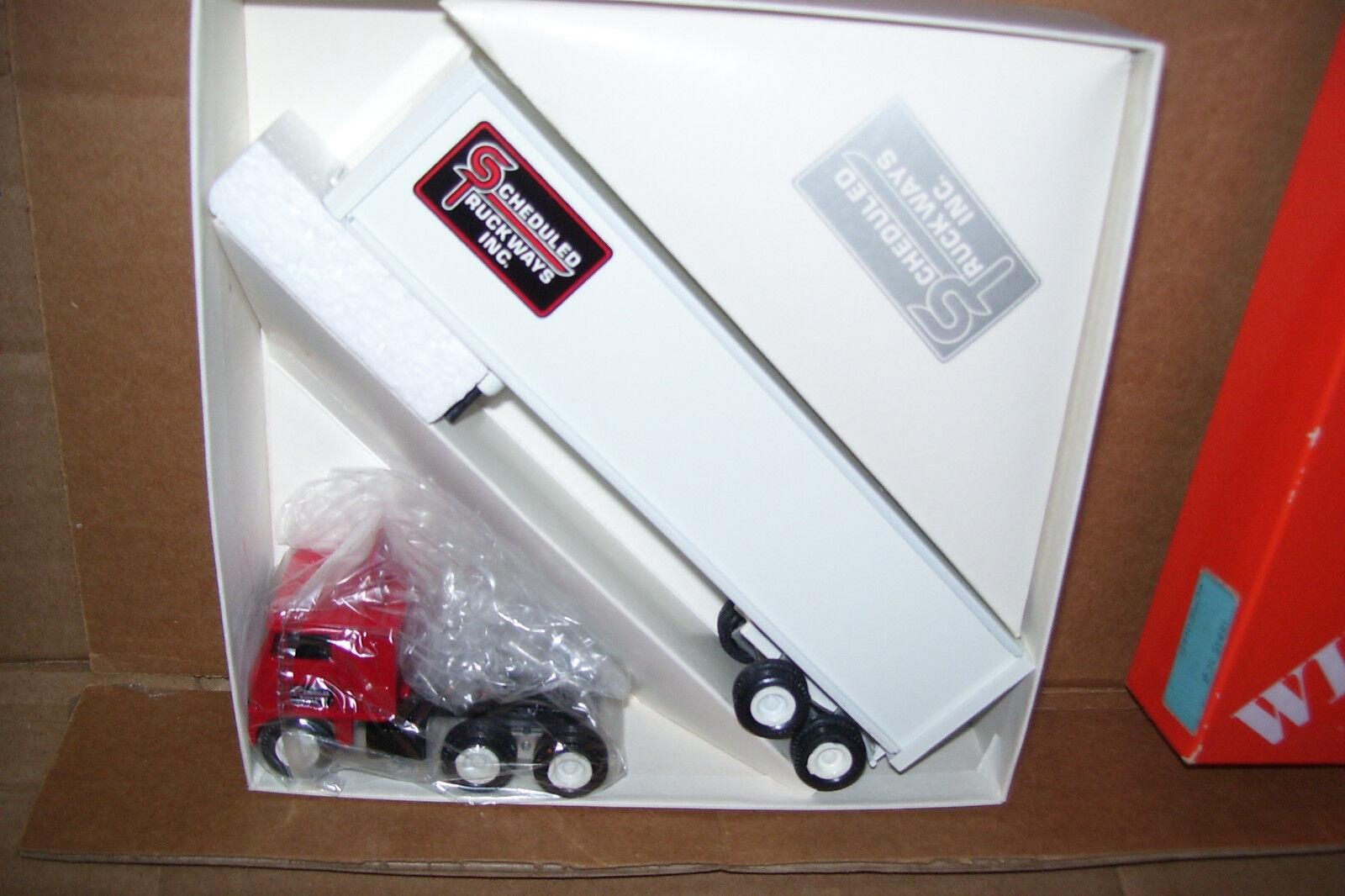 1984 Scheduled Truckways Red Cab Winross Diecast Trailer Truck