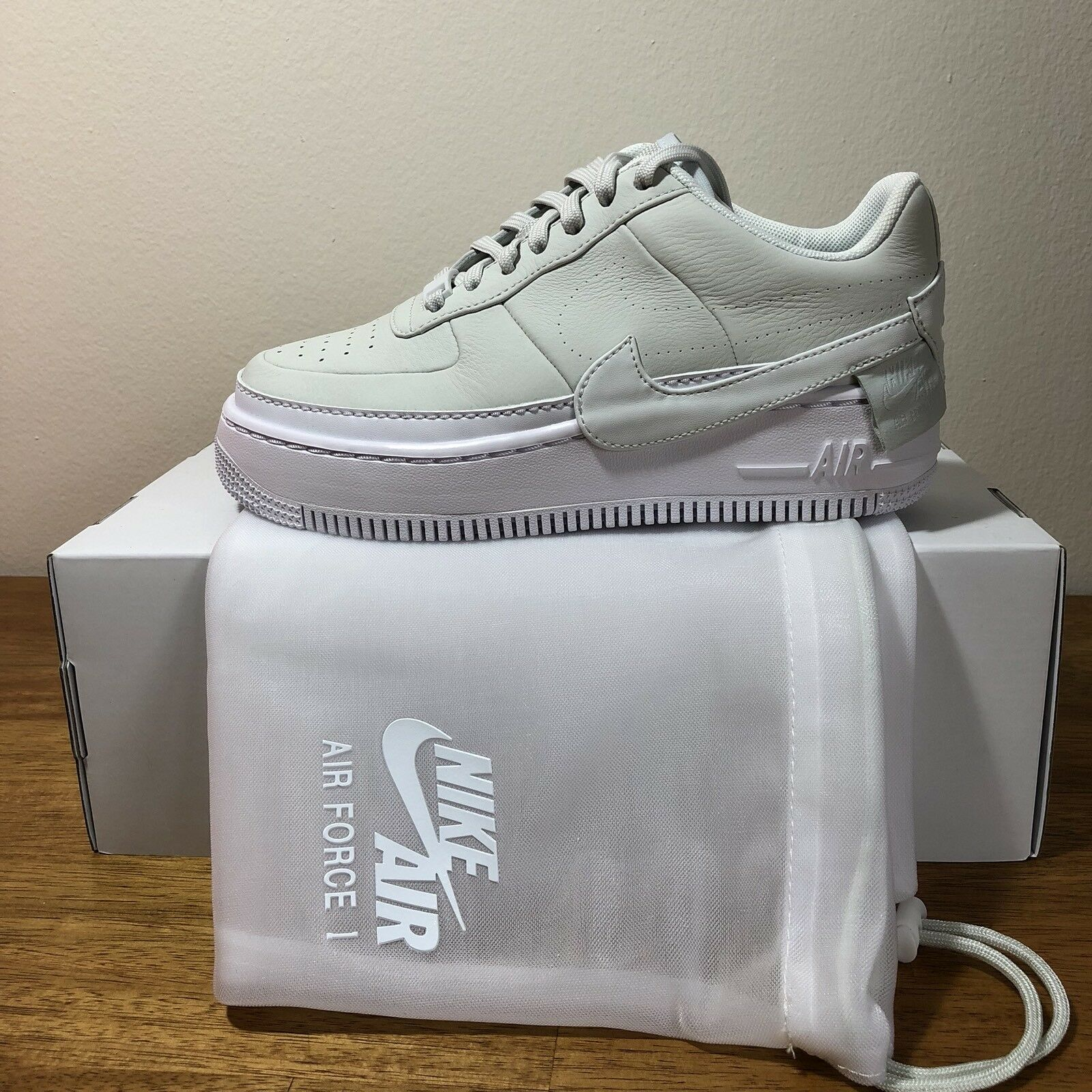 NIKE AIR FORCE 1 JESTER XX OFF WHITE AO1220-100 WOMEN'S SIZE 8