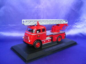 Daf-A1600-Fire-Engine-1962-Amsterdam-Yatming-Road-Signature-43016-1-43-Modelo