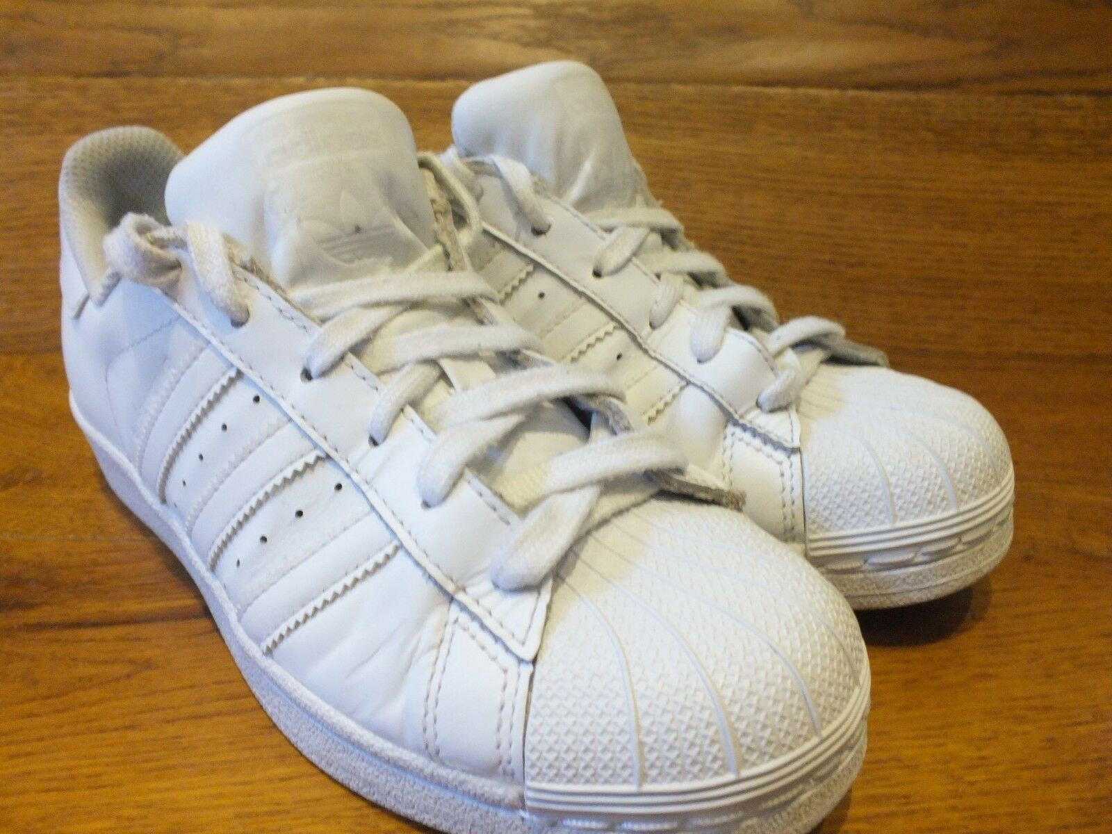 Adidas Originals superstar White Leather Casual Trainers
