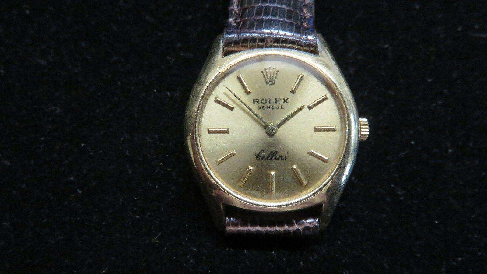 Vintage ROLEX Cellini~18K Solid Gold~Ref 3800~Mechanical Movement 25mm  Watch~WOW