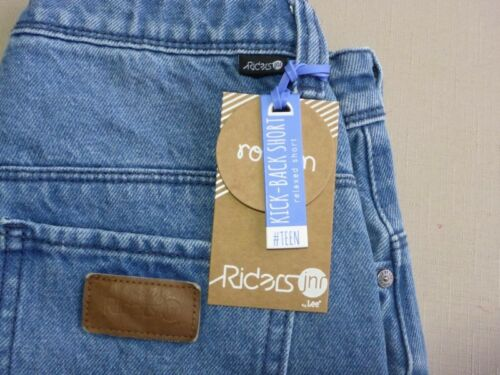 088 BOYS EX-COND LEE RIDERS KICK BACK RELAXED BLUE DENIM SHORTS SZE 10 $60 RRP.