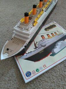 Cobi-Titanic-Construction-Model