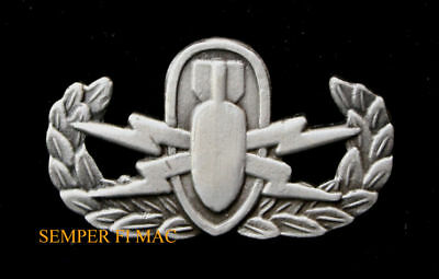 MASTER EXPLOSIVE ORDNANCE DISPOSAL BADGE PIN UP US ARMY MARINES NAVY AIR FORCE