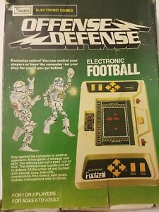 Electronic-Football-Game-Vintage-Sears-Offense-Defense-Single-or-Two-Player-1980
