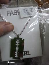 1 ciondolio acciaio piastra lametta  piu 1 collana nacklace still