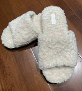 New VINCE Size 8 Faux Shearling Fur Slippers