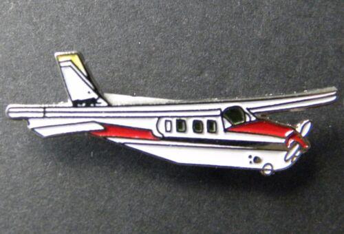 CESSNA 182 SKYLANE PLANE CIVIL AIRCRAFT LAPEL PIN BADGE 1.25 INCHES