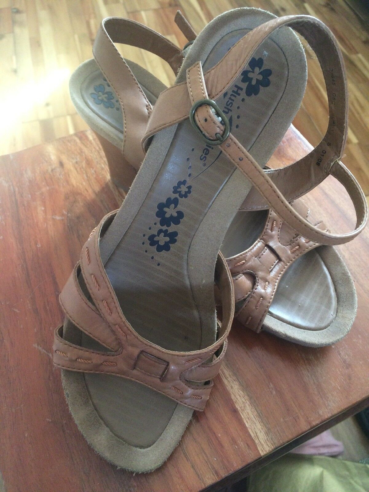 Hush Puppy Dusky Tan Leather Worn Wedge Sandal Size 5 Worn Leather Once 91d309