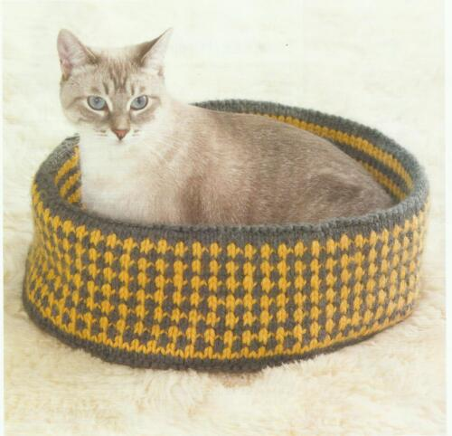 Cat Bed knitting Pattern