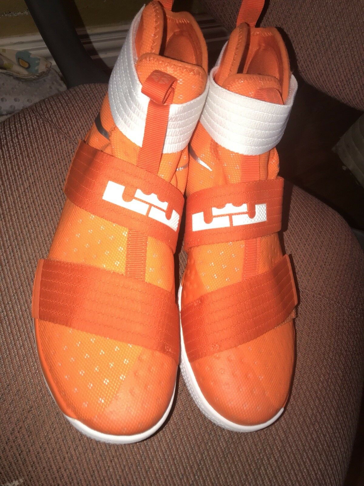 Lebron soldiers 10 Size 11 1 2