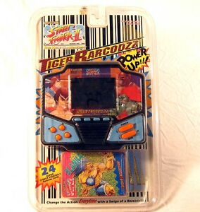 NEW-Sealed-Street-Fighter-2-Tiger-LCD-Handheld-Video-Game-Capcom-Barcodzz-Elect