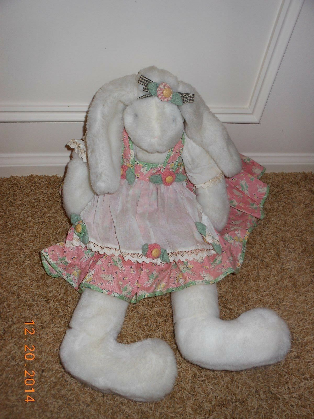Bunnies By The Bay, Bunnie, 26 inches tall, USA, new