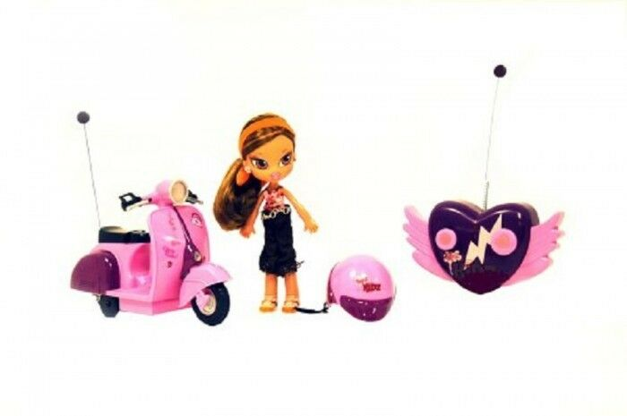Bratz Kidz Radio Controlled Motor Scooter with Yasmin Rare New