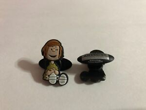 Peppermint-Patty-Sitting-Shoe-Doodle-Peppermint-Patty-Charm-for-Crocs-PEA3004