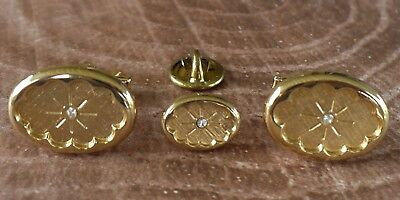 Vintage Gold Tone  and Black Cuff Links  Vintage Suit Accessories  Gift Idea for Him  Gold Tone Base  Round Shape