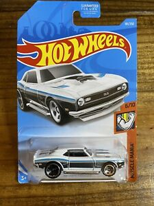 2019 Hot Wheels Muscle Mania /'68 Copo Camaro White 181 RLC Set VHTF