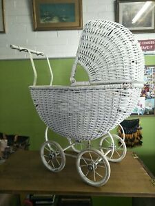 Vintage-Baby-Wicker-Pram