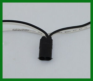 """Right Angle 3 Pin Pigtail Connector with 24/"""" Long Continuous Wire Harness 1 Roll"""