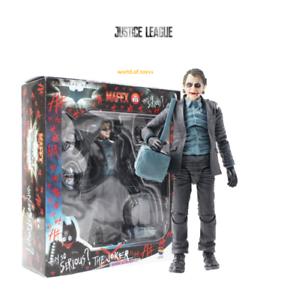 FIGURA JOKER  Batman Dark Bank Robber #015 MAFEX  JUSTICE LEAGUE  en CAJA 19CM
