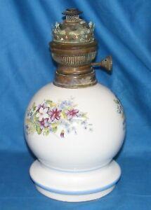 Pied De Lampe A Petrole Porcelaine Boule Decor Fleurs Bruleur Cuivre