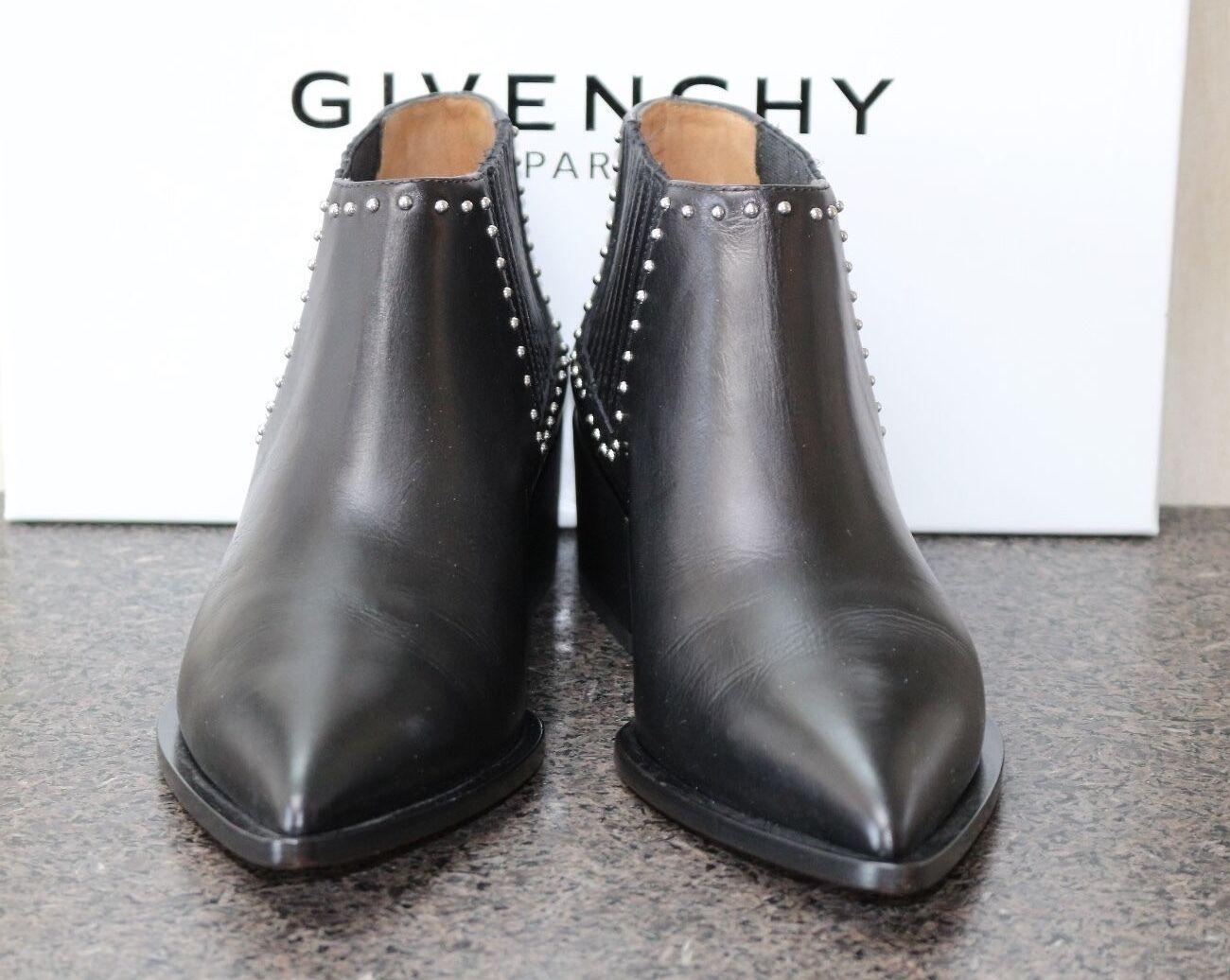 Nuevo En En En Caja Givenchy Tachonado Pointy negro Cuero tire de Zapatos botas al tobillo Botines 37.5 2ce9c6